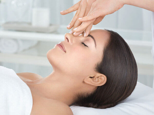 Microdermabrasion Hidden Beauty Bourne